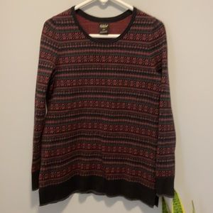3/$40 FarWest Nordic style sweater